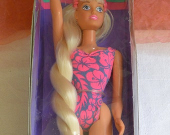 Sindy Fiji Doll - UNUSED - Boxed - Extra-Long Hair, Hasbro - Vintage - Fabulous!