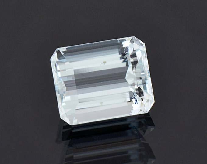 SALE EVENT! Dazzling Aquamarine Beryl Gemstone from Brazil 7.35 cts