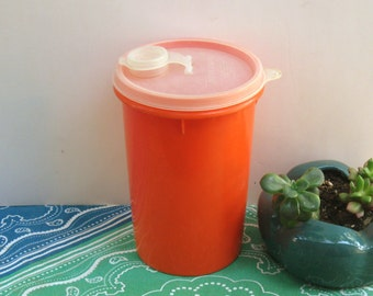 Vintage Tupperware, Orange Tupperware Handolier Drink Canister, 1970s Tupperware Pitcher, 1 quart, #321, #563, #564