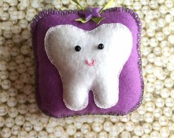 Felt Tooth Fairy Pillow, Tooth Fairy Pillow, Tooth Pillow, Tooth Holder, Pillow for Tooth Fairy  - Violet Bows