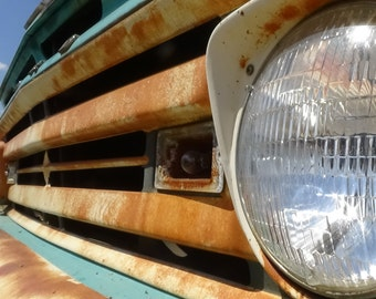 5 x 7 PRINT, rusty truck headlight, classic car photo with 8 x 10 mat, jalopy, garage, auto, pickers, mechanic