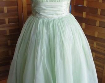 Vintage 50s Light Green Chiffon Full Skirt Party Prom Dress XS S