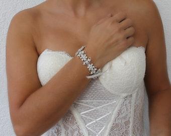 Rhinestone Bracelet, Wedding cuff, crystal jewelry, bridal bracelet, gift for her, cuff bracelet