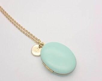 Personalized Mint Enamel Oval Photo Locket Necklace//Custom Monogram Locket//Initial Photo Locket//Hypoallergenic locket gold steel chain