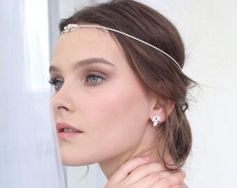 Bridal earrings, wedding earrings, Bridal Stud Earrings, Swarovski Crystal Earrings, White crystal stud earrings, Gift for her