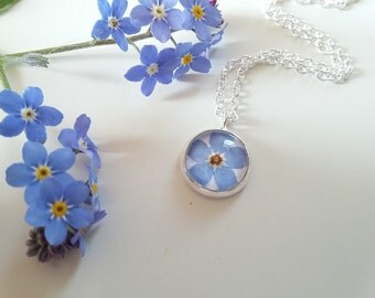 Valentine's Day Gift - Gifts for her - Forget-me-not necklace - 10mm Silver Pendant - Botanical Jewelry - Bridsmaids - Flower Jewellery