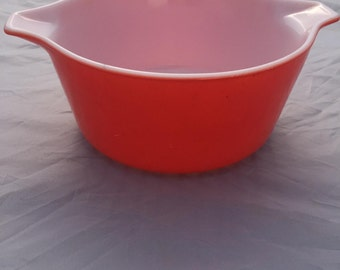 Vintage Pyrex Red Friendship Round Cinderella Casserole Dish - 474 Red, 1970s