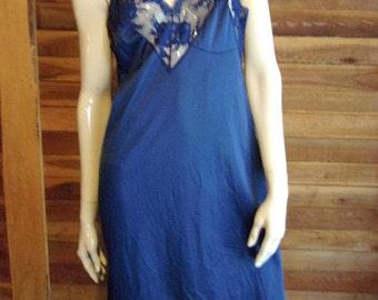 Vintage Lingerie 1970s KOMAR Navy Blue Size 36 Full Slip