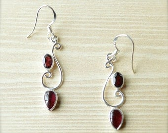 Vine Garnet Dangle Earrings