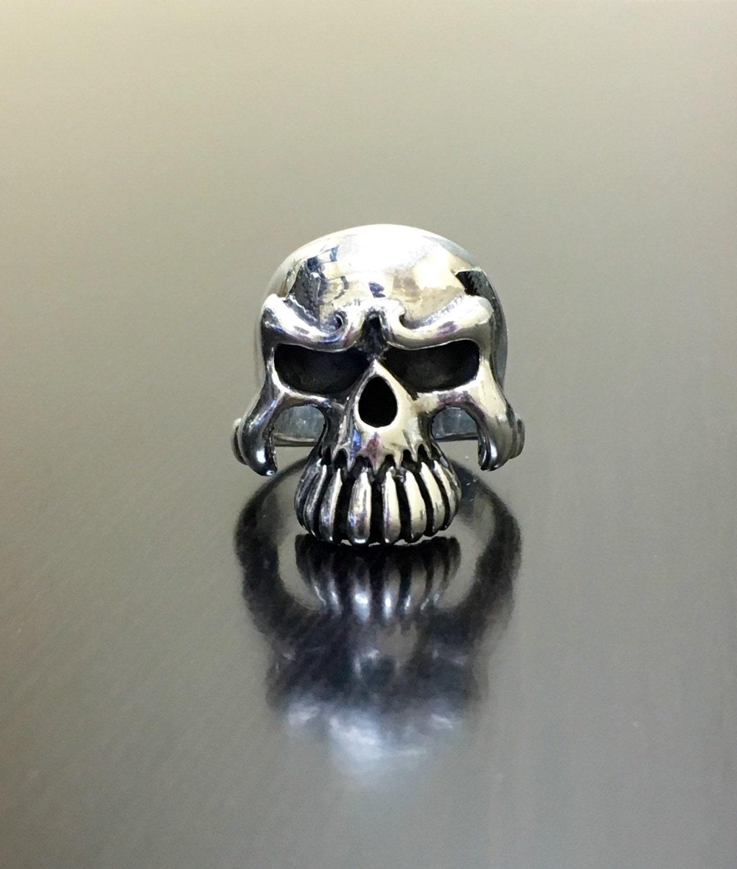 Anillo hecha a mano del cráneo Biker anillo de plata