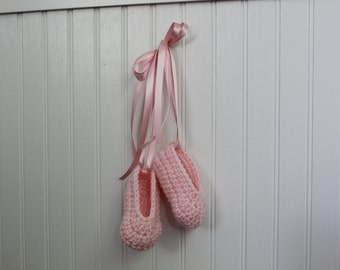 Handmade Crochet Baby Ballerina Booties // Infant Toe Shoes // Newborn Ballet Shoes