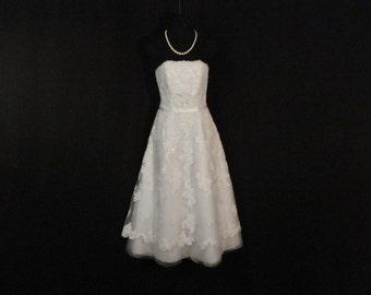 White Lace & Tulle Wedding Dress David's Bridal Galina Strapless Tea Length Dress S