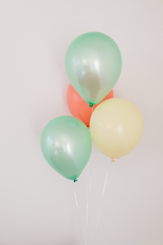 Peach and mint green balloon set peach party by blushbazaar for Balloon decoration color combinations