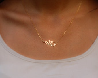 Triangle Necklace ,Gold Triangle Necklace ,Gold Necklace, Tiny Triangle Necklace, Gold Geometric Necklace, Geometric Triangle Necklace.