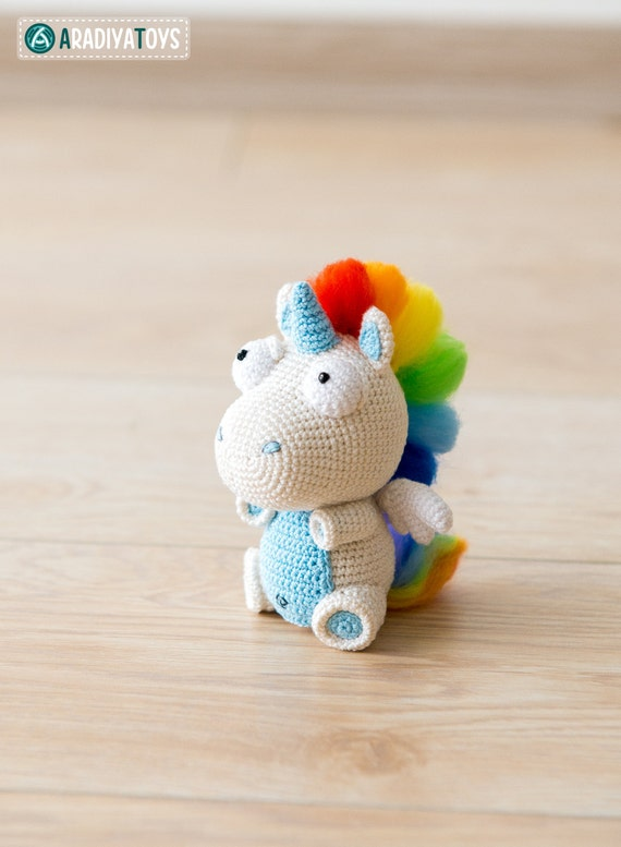 Tutorial Amigurumi Unicorno : Crochet Pattern of Unicorn Corki from AradiyaToys