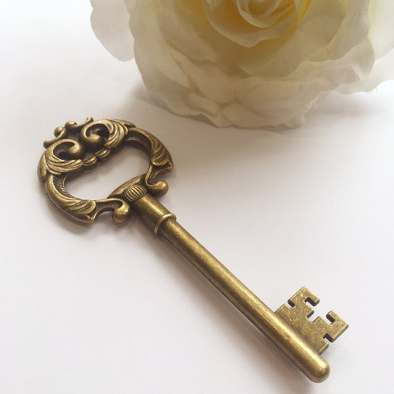 50 large key bottle openers vintage skeleton keys wedding. Black Bedroom Furniture Sets. Home Design Ideas