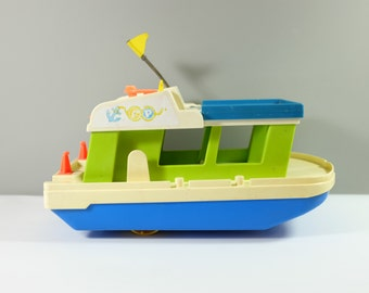 Vintage Fisher Price Happy Houseboat #985 - Fisher Price family boat - Fisher Price boat - Fisher Price Houseboat - 70's Fisher Price