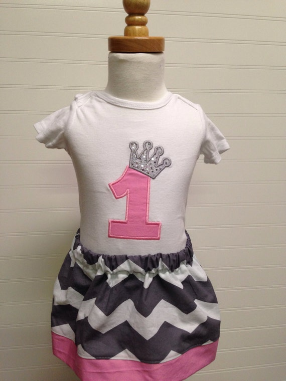 Pincess birthday, 1 2 3 4 5 girls birthday shirt, crown embroidered shirt, princess pink and sparkly silver shirt, name monogram for free,