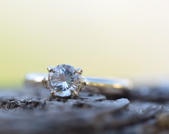 WHITE TOPAZ engagement ring, diamond alternative gem, topaz promise ring, 9K 14K 18K  gold, palladium white gold, free resize size 5 6 7 8 9