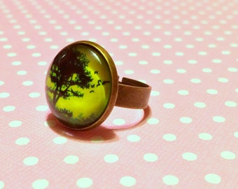 Bright Green Tree Ring / Creepy Tree Ring / Gothic Ring / Nature Witch / Witchy Ring / Green Witch Ring / Nu Goth / Magical Bronze Ring