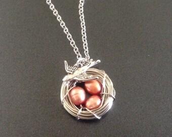 Light Peach Pearl Bird's Nest Necklace