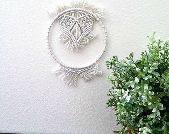 Round macrame modern home decor Circle macrame fiber art Abstract Macrame wall hanging White macrame hanger Decorative macrame geometric art