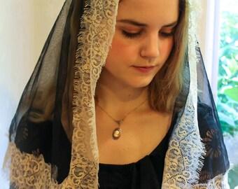 Evintage Veils~ French Chantilly/Black  Vintage Inspired Mantilla Chapel Veil Classic D Shape