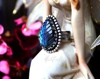 SHEET LABRADORITE Silver RING - Size 8 - Artisan Silver ring - blue labradorite Silver Ring - Engraved band ring - Carved Sheet Silver Ring