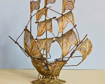 Vintage Sailing Ship - Ancient Sailing Vessel, Old Sailfish, Retro Sailing Boat, Antique Bronze Decor, Model Sea