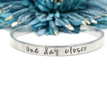 One Day Closer | Long Distance Relationship Hand Stamped Jewelry Deployment Gift For Her Countdown LDR Love | Hand Stamped Aluminum Bracelet