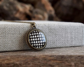 Houndstooth necklace, Houndstooth glass pendant, Black and white necklace, Geometric patterned necklace, Alabama houndstooth jewelry GJ 081