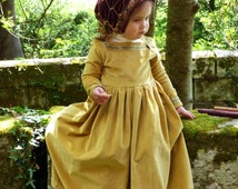 Medieval princess velvet gown for little girls. - Deluxe pattern on order