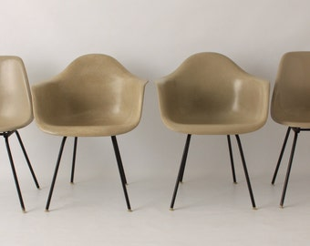 Set of Four Vintage Eames Shell Side Chairs