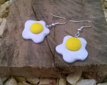 Fried eggs ear rings