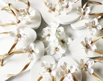 BRIDAL Flip Flops, WEDDING Flip Flops, Bridesmaid Flip Flops, Bridesmaid Gifts, Bridal Party Gift,Beach wedding