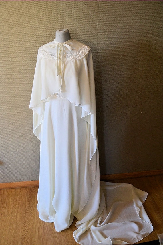 French vintage wedding dress with cape and tail 1970s for French vintage wedding dresses