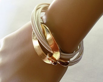 White & Gold Wrap Leather Bracelet and Gold Hook Clasp. # 1P35