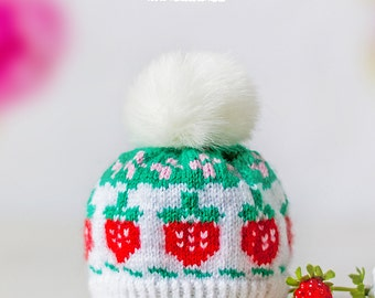 Hats for Blythe with strawberries and with white pompom made of fake fur.