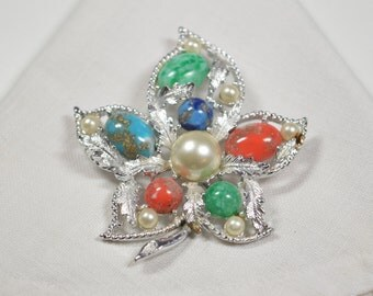 Vintage Sarah Coventry Leaf Pin Fantasy Silver Tone Multi-Colored Stones Faux Pearls Signed Sarah Coventry Jewelry Sarah Coventry Brooch