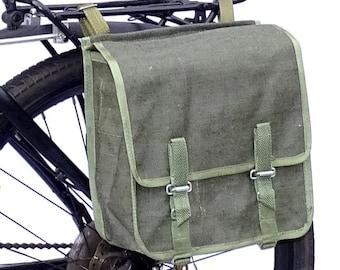 Army Surplus Showerproof Canvas Pannier Bag 1980s retro quality vintage green large bike spacious rainproof NOS