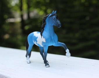 Blue Tobiano Breyer Stablemate Paso Fino with Black Points