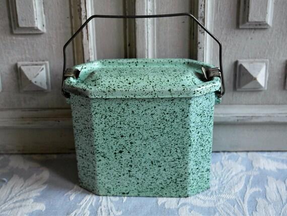 Franse lunch vak tiffin eau de nihil groene emaillewerk - Landkeuken chique ...