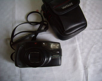 Pentax 105 Super Zoom, silver, Vintage 1990 camera with case
