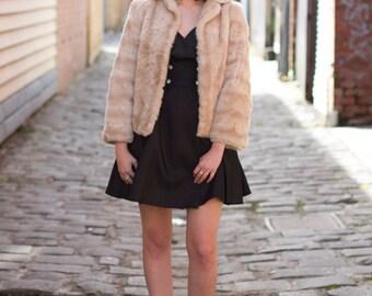 Vintage 1960s Crop Faux Fur Coat / Cream Faux Fur Coat / XS/S