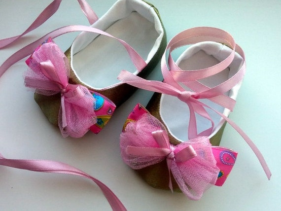 gold and pink baby shoes baby infant shoes wedding