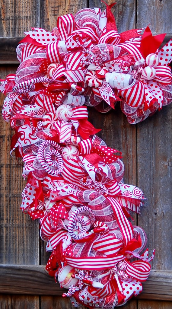 Candy Cane Shaped Mesh Wreaths | Christmas Wikii