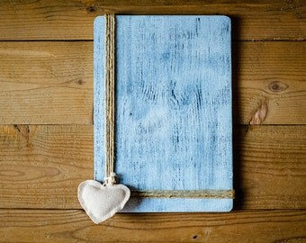 Vivienne. Wooden frame with inserts of hemp and heart of Yuta. Made and painted by hand