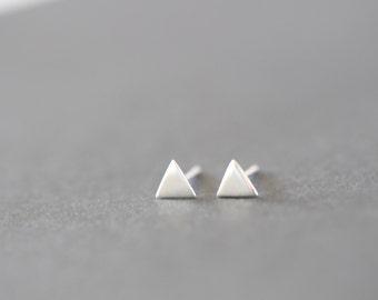 Silver Triangle Earrings, Triangle Earrings, Triangle Stud Earrings, Sterling Silver Post, Geometric Earrings, Pyramid Earrings, Minimalist