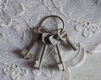 Vintage key set of 4 decorative skeleton old retro keys rustic shabby decor  Soviet keys made in USSR