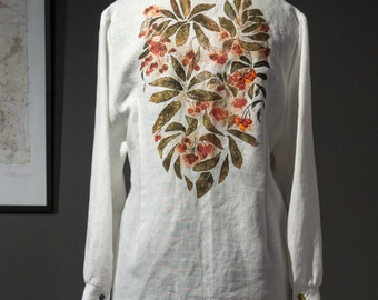 Women's blouse with a drawing of a rowan, white colour